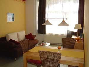 zum Vergrößern auf das Bild klicken - Haus mit Ferienwohnung in Bacharach, Romantik, Mittelrhein, Ferienwohnung, loreley, Rhein